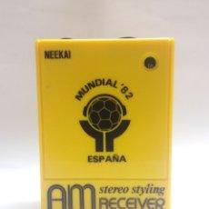 Radios antiguas: RADIO TRANSISTOR NEEKAI MUNDIAL 82 ESPAÑA. Lote 171062822