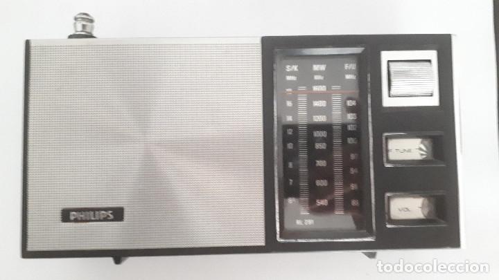 RADIO TRANSISTOR PHILIPS 90 RL 291 AM/FM FUNCIONANDO CORRECTAMENTE (Radios, Gramófonos, Grabadoras y Otros - Transistores, Pick-ups y Otros)