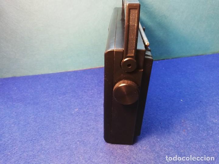 Radios antiguas: Radio transistor Magnavox FUNCIONANDO - Foto 4 - 171426860