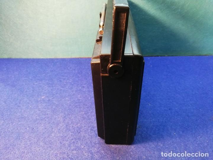 Radios antiguas: Radio transistor Magnavox FUNCIONANDO - Foto 5 - 171426860