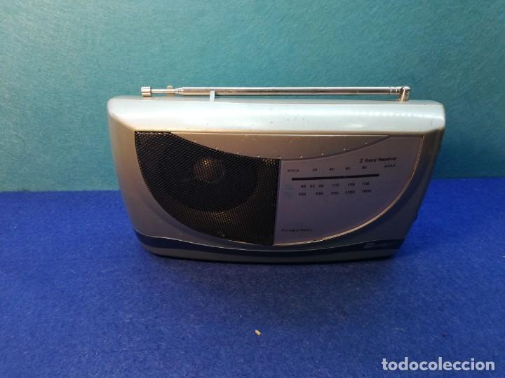 RADIO PORTATIL NEVIR FUNCIONANDO (Radios, Gramófonos, Grabadoras y Otros - Transistores, Pick-ups y Otros)