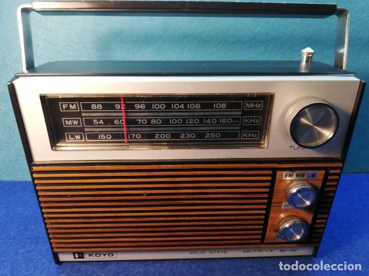Radios antiguas: Radio transistor KOYO Solid State FUNCIONANDO - Foto 2 - 171428660