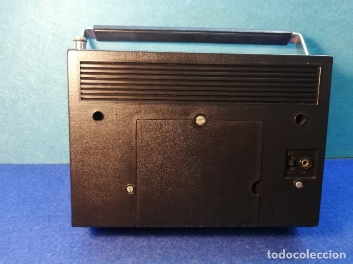Radios antiguas: Radio transistor KOYO Solid State FUNCIONANDO - Foto 3 - 171428660