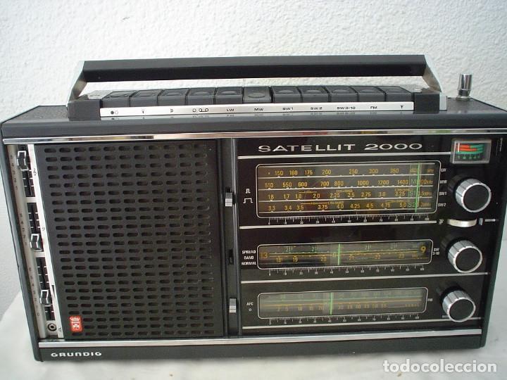RADIO MULTIBANDAS GRUNDIG SATELLIT 2000 (Radios, Gramófonos, Grabadoras y Otros - Transistores, Pick-ups y Otros)