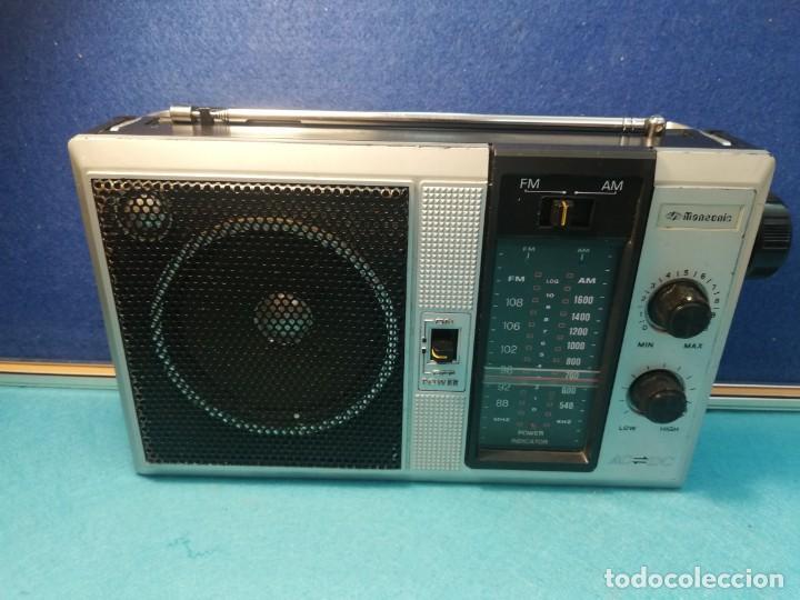 RADIO PORTÁTIL MANSONIC FUNCIONANDO (Radios, Gramófonos, Grabadoras y Otros - Transistores, Pick-ups y Otros)