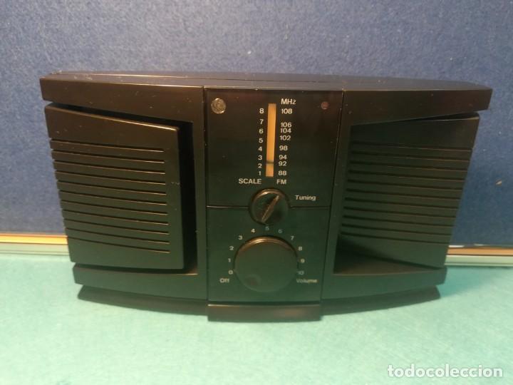 RADIO TRANSISTOR DE SOBREMESA FUNCIONANDO (Radios, Gramófonos, Grabadoras y Otros - Transistores, Pick-ups y Otros)