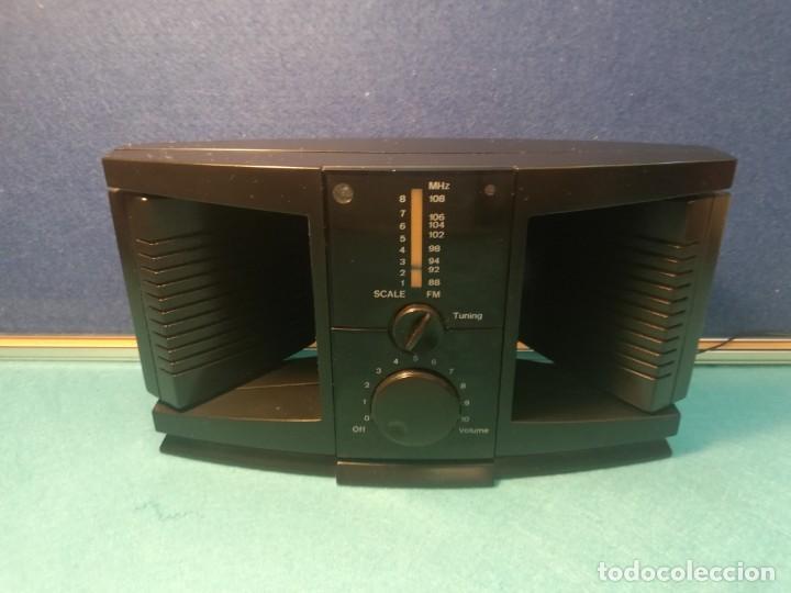 Radios antiguas: Radio Transistor de Sobremesa FUNCIONANDO - Foto 2 - 171706469