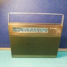 Radios antiguas: RADIO TRANSISTOR INTER FUNCIONANDO. Lote 171707215