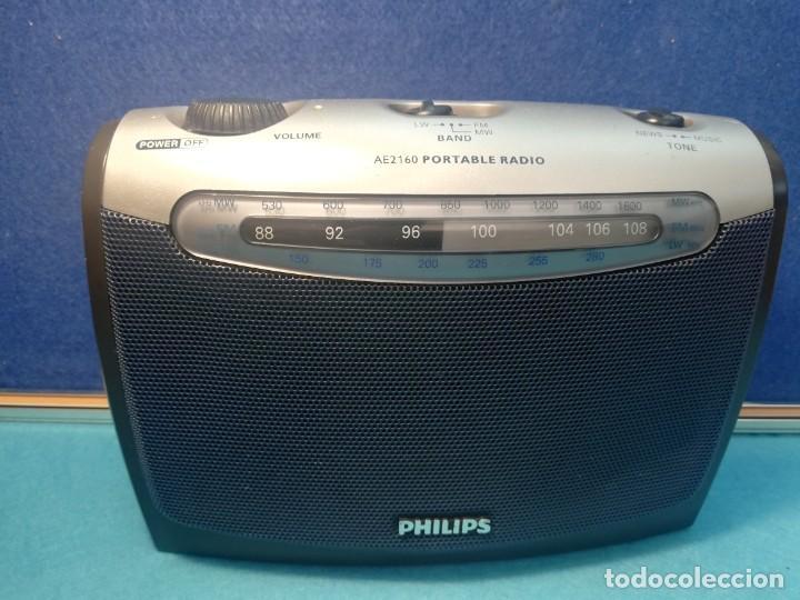 RADIO TRANSISTOR PHILIPS AE2160/04 FUNCIONANDO (Radios, Gramófonos, Grabadoras y Otros - Transistores, Pick-ups y Otros)