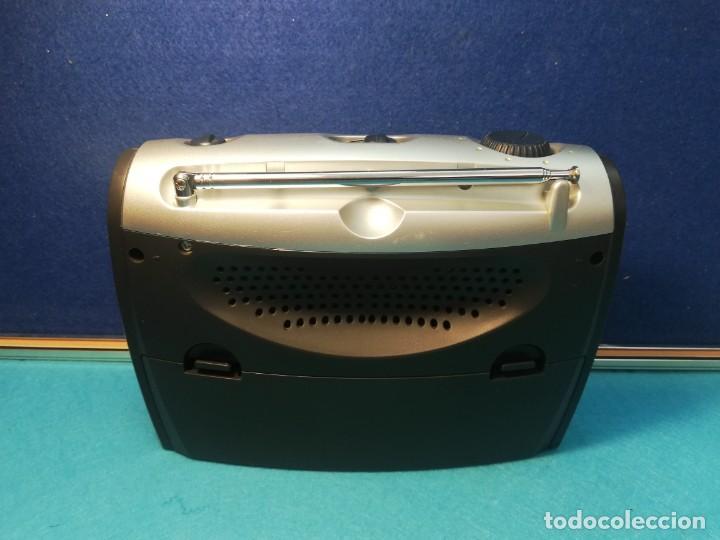 Radios antiguas: Radio transistor Philips AE2160/04 FUNCIONANDO - Foto 4 - 171707635