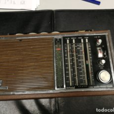 Rádios antigos: RADIO GRUNDIG SATELLIT TRANSISTOR 6001 WOOD EDITION . Lote 172190793