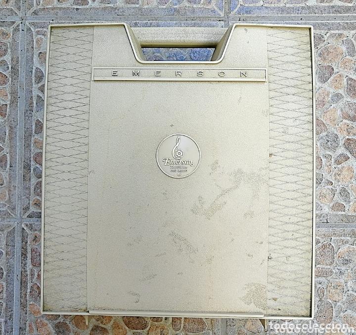 Radios antiguas: Toca discos portátil Emerson - Foto 6 - 172910015