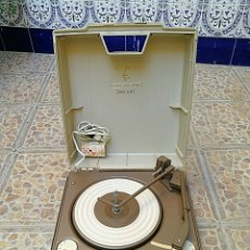 Radios antiguas: TOCA DISCOS PORTÁTIL EMERSON. Lote 172910015