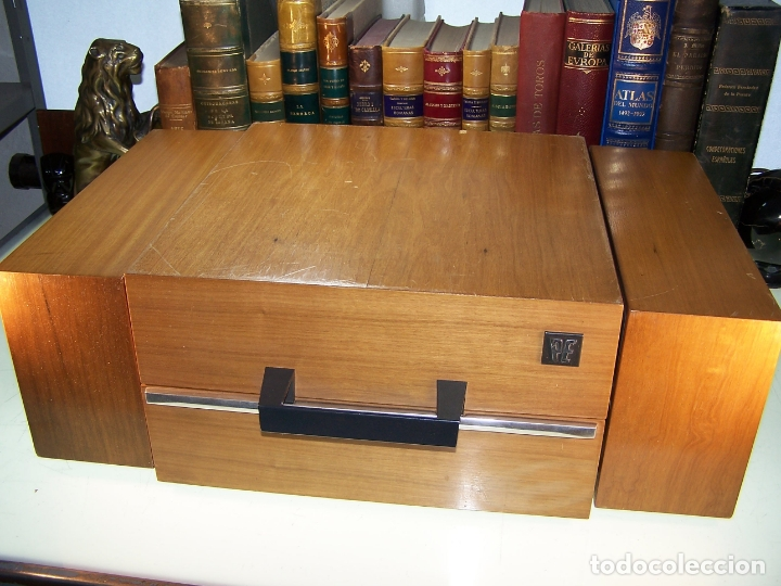 Radios antiguas: Pick-up Perpetuum-Ebner. Modelo Musical 360 stereo deluxe. 125/220. Fabricado en España. - Foto 2 - 172925885