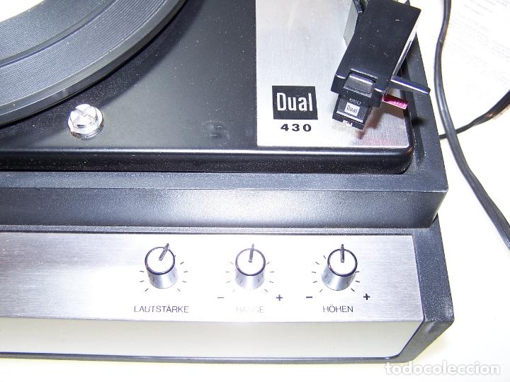 Radios antiguas: Pick-up Dual P23. Completo. Funcionando. Con instrucciones. Forma de maleta para transporte. - Foto 3 - 172926265