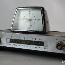 Radios antiguas: SUPER RARO VINTAGE RETRO SANYO 6 TRANSISTOR CLOCK RADIO. Lote 172935329