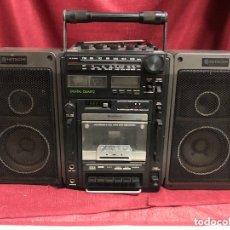 Radios antiguas: ANTIGUA RADIO HITACHI. Lote 173028902