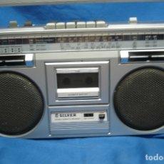 Radios Anciennes: ANTIGUO RADIO CASETE MARCA SILVER MDL. ST565- MADE IN JAPAN - 40 X 11 X 22 -REVISADO Y FUNCIONA BIEN. Lote 173087192