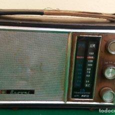 Radios antiguas: ANTIGUO TRANSISTOR CON AFC MARCA BROWNI.. Lote 173130303