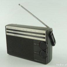 Radios antiguas: VINTAGE RADIO TRANSISTOR PHILIPS MODEL 3 BAND RECEIVER - AL 105. Lote 173552574