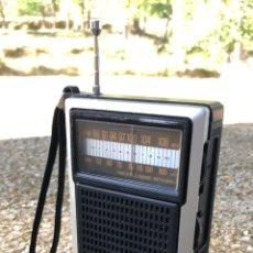 Radios antiguas: RADIO TRANSISTOR SANYO RP 5055U, FUNCIONA, VER VÍDEO. Lote 174245717
