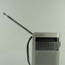 Radios antiguas: RADIO TRANSISTOR SONY ICF -S22. Lote 174958997