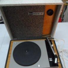 Radios antiguas: TOCADISCOS PORTATIL DUAL 410 BETTOR MARK 240. Lote 175444794