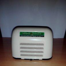 Radios antiguas: DE LA COLECCION RADIOS DE ANTAÑO RBA AÑOS 80 Nº33. Lote 175809614