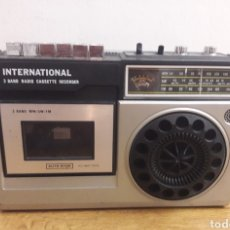 Radios antiguas: RADIO CASSETTE INTERNACIONAL. Lote 175841094