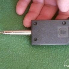 Radios antiguas: CAMBIADOR DE DISCOS VINILO TOCADISCOS SINGLE 45 RPM . Lote 175945325