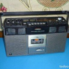 Radios antiguas: GRAN RADIO CASETE DE LA MARCA CROWN.MOD.CSC-640SW.. Lote 176030110