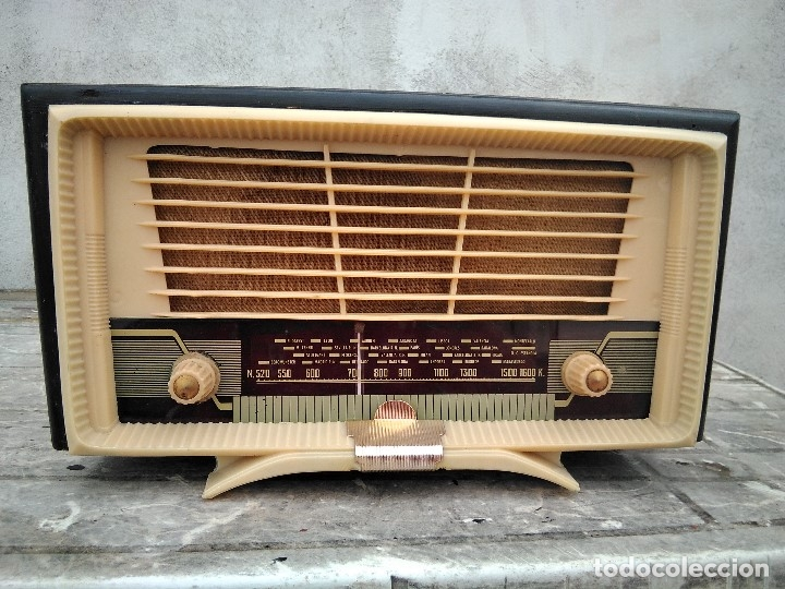ANTIGUA RADIO DE TRANSISTORES PARA REPARAR (Radios, Gramófonos, Grabadoras y Otros - Transistores, Pick-ups y Otros)