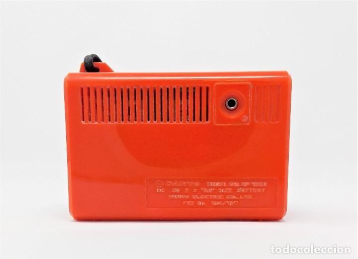 Radios antiguas: Radio Transistor Vintage SANYO RP-1250 - Foto 3 - 176267905