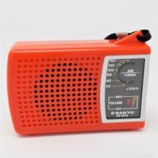 Radios antiguas: RADIO TRANSISTOR VINTAGE SANYO RP-1270. Lote 176271933