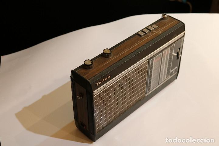Radios antiguas: Philips Taifun de Luxe 22RL496, radio de transistores de 1970, funcionando - Foto 3 - 177079035
