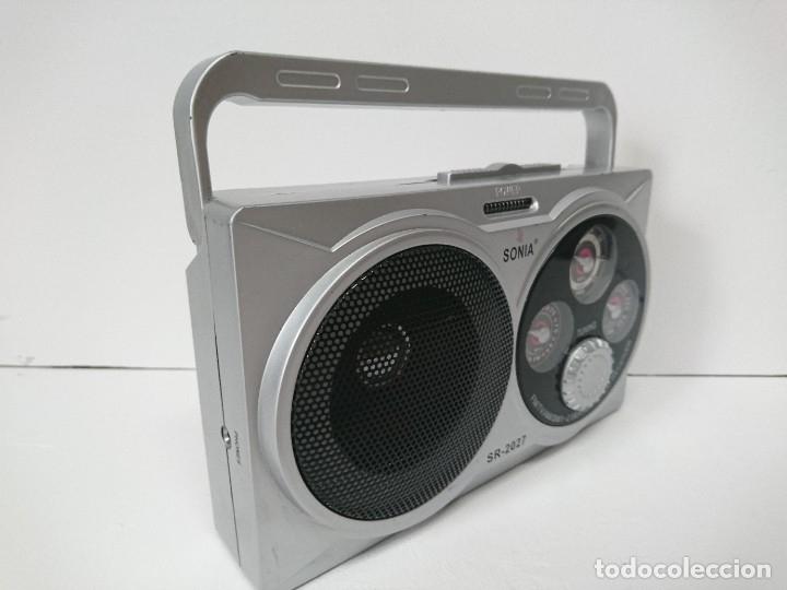 Radios antiguas: 5_Radio transistor Sonia SR2027 - Foto 2 - 174011983