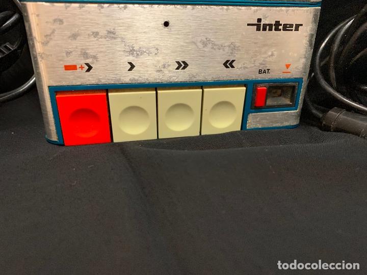 Radios antiguas: Encantador Radio-Cassette grabador, de campo, con microfono. Color y diseño vintage. Funciona - Foto 4 - 177508747