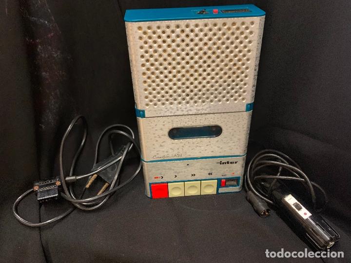 Radios antiguas: Encantador Radio-Cassette grabador, de campo, con microfono. Color y diseño vintage. Funciona - Foto 7 - 177508747