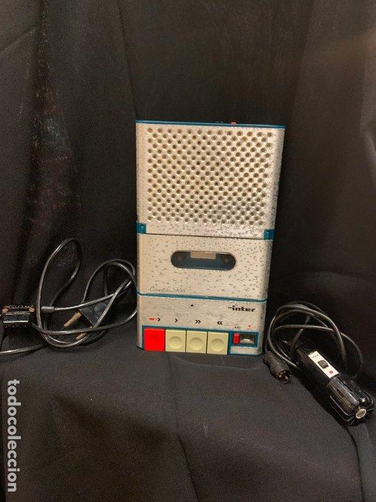 Radios antiguas: Encantador Radio-Cassette grabador, de campo, con microfono. Color y diseño vintage. Funciona - Foto 8 - 177508747