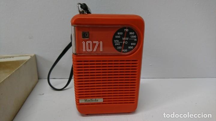 27-RADIO TRANSISTOR RADIOLA 1071 (Radios, Gramófonos, Grabadoras y Otros - Transistores, Pick-ups y Otros)