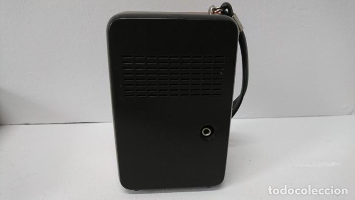 Radios antiguas: 27-Radio transistor Radiola 1071 - Foto 4 - 178104067