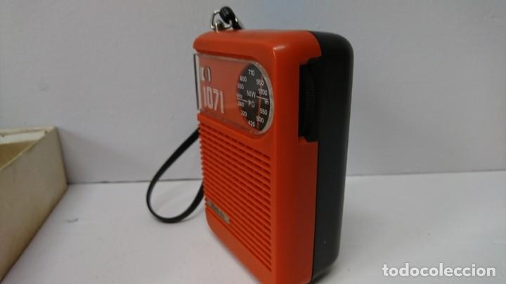 Radios antiguas: 27-Radio transistor Radiola 1071 - Foto 5 - 178104067