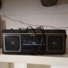 Radios antiguas: RADIO CASSETTE SONY AÑOS 70. Lote 178908040