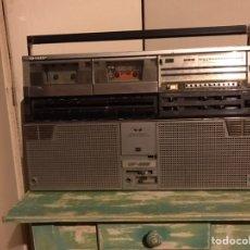 Radios antiguas: RADIO CASSETTE SHARP 555 - GF BOOM BOX. Lote 180236166