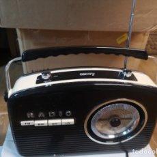 Radios antiguas: RADIO IMITACIÓN CLASICA. NUEVA. Lote 180254696