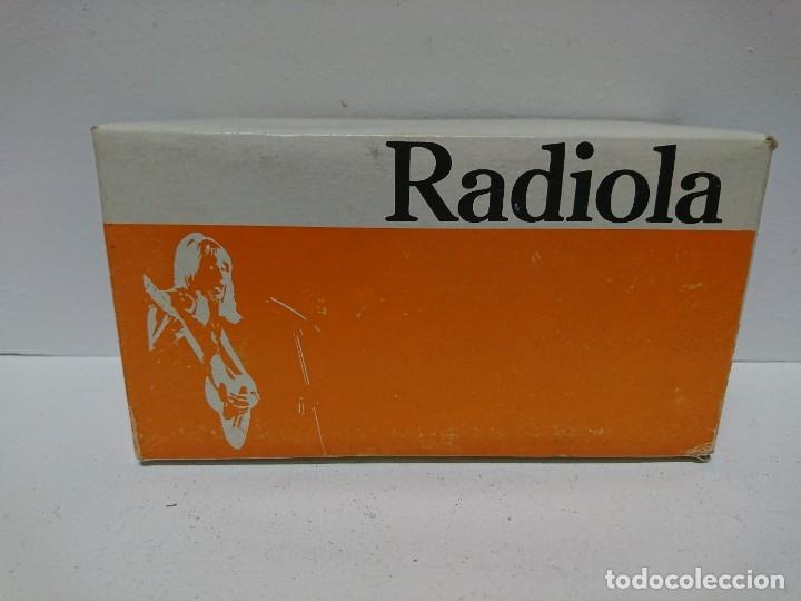 134-RADIO TRANSISTOR RADIOLA RA 020 (Radios, Gramófonos, Grabadoras y Otros - Transistores, Pick-ups y Otros)