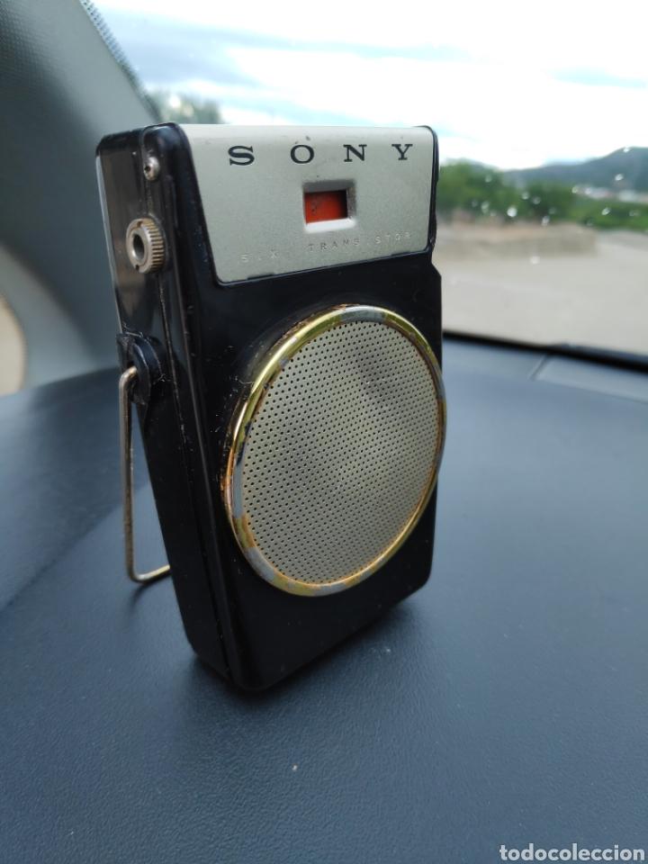 Radios antiguas: Radio vintage Sony tr 610 bueno estado - Foto 3 - 180296711