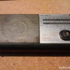 Radios antiguas: RADIO SONY 3 BANDAS. Lote 180852157