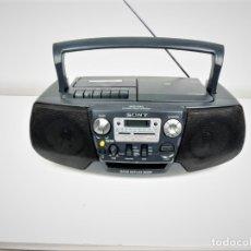 Radios antiguas: RADIO CD CASSETTE SONY CFD-V21L. Lote 180966113