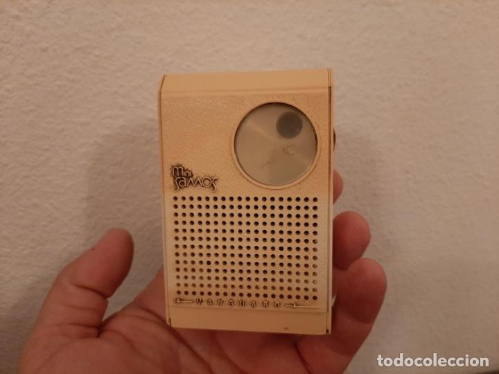 ANTIGUA MINI RADIO TRANSISTOR VANGUARD MINI SAMOS FUNCIONANDO AÑOS 60 VINTAGE (Radios, Gramófonos, Grabadoras y Otros - Transistores, Pick-ups y Otros)